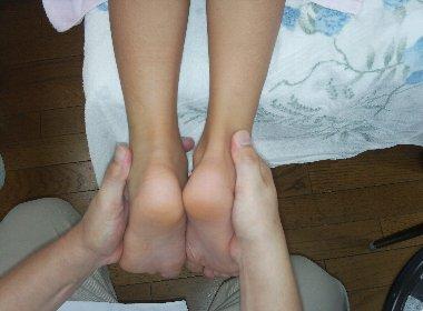 中道さん妹の足・?