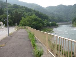 国道19号線平ダム付近
