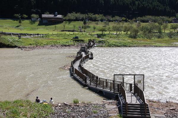 2011浮橋