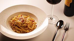 300px-Spaghetti_alla_Carbonara.jpg