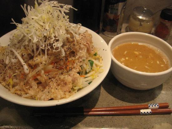 大勝軒 大斗+豚野菜まぜつけ+(1)