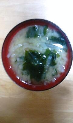 大根とワカメのお味噌汁5月11日