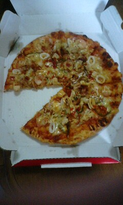 シーフードピザ四分の一
