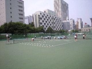 靱 テニスコート