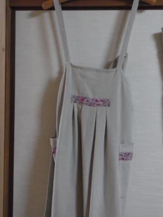 リネンエプロンリバティ風ー花柄(linen-danceさん作)