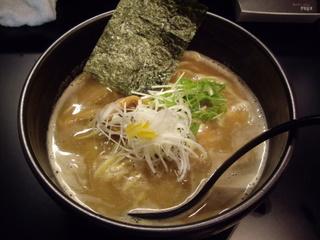 麺や 楓雅 Noodle shop FUGA 豚骨魚介らーめん