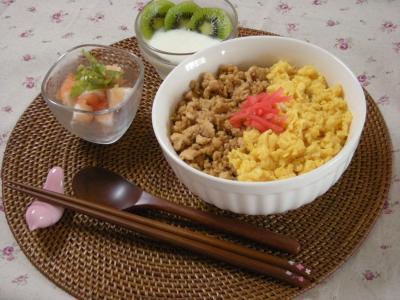 鶏そぼろランチ_convert_20090719142056