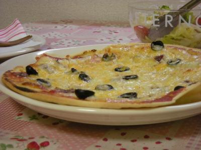 アンチョビとオリーブのピザ♪_convert_20090808174836