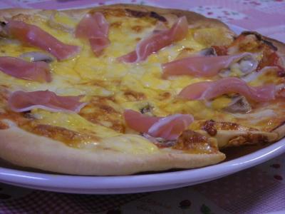 生ハムとマッシュルームのピザ_convert_20090808180007