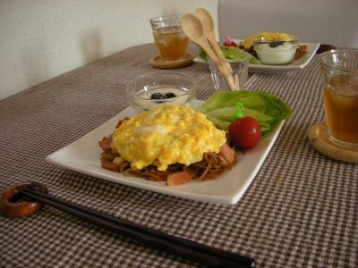 チーズオムそばで朝ごはん2_convert_20090818140046
