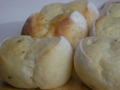 バジルのパン_convert_20090820114853