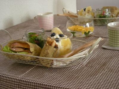ベーグルチキンバーガーで朝ごはん3_convert_20090904133653