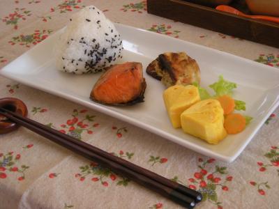 鮭弁当の残り朝ごはん2_convert_20090914110236