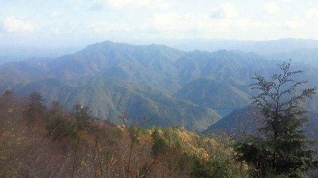 20111120-08宇連山山頂から三瀬明神