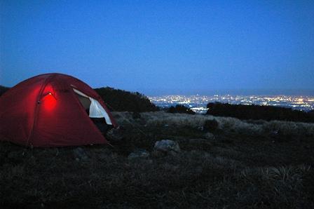 20111126-54夜の帳とテント
