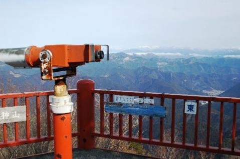 20120122-33やぐらの上