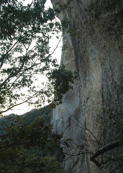 20120122-59岩壁