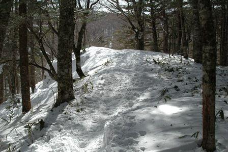 20120205-36首切登山口へ2