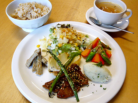 lunch_1104.jpg