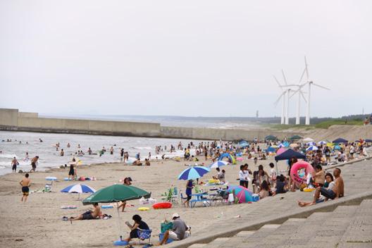 海の日 海水浴 新発田市藤塚浜海水浴場