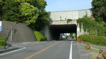 日本平パークウェイ入口
