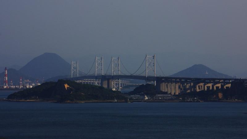 瀬戸大橋と讃岐富士