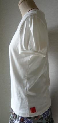 パフTシャツ2