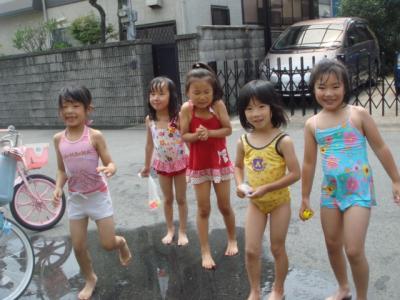 2009.7 おうちプール2