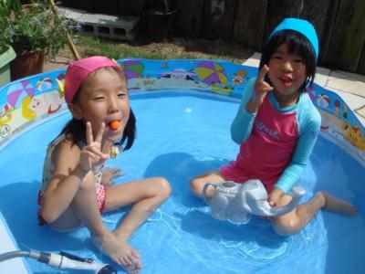 2009.7 おうちプール3