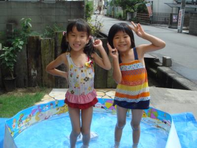 2009.7 おうちプール4