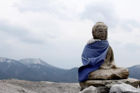 荒涼とした恐山の風景
