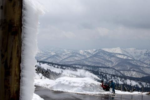 除雪作業が続きます
