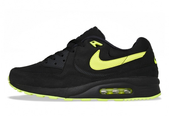 nike-air-max-light-black-volt.jpg