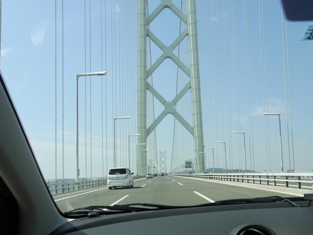 明石海峡大橋、運転していて気持ちいい橋ですね~
