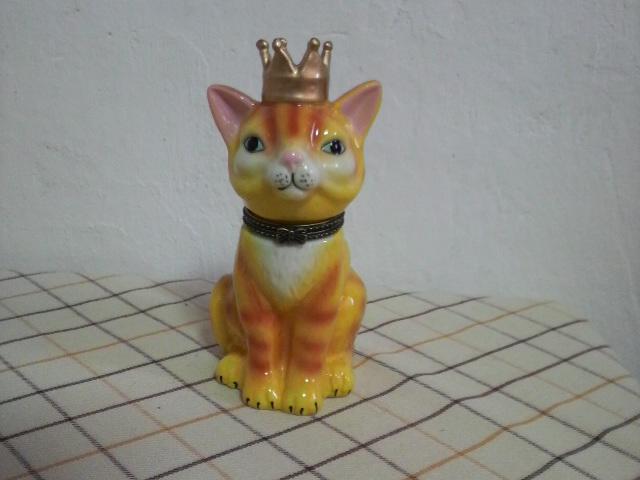 王冠にゃんこ