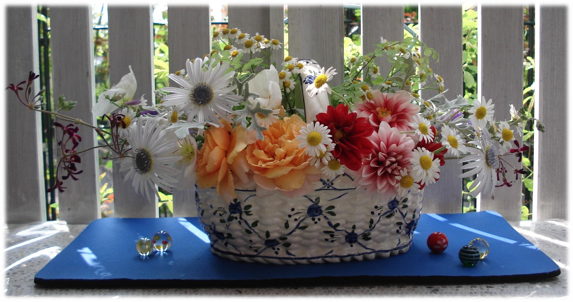 お庭のお花で・・・