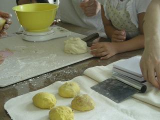 子供パン教室8月8日 001