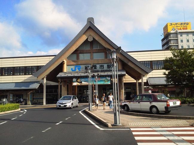 20110722_出雲市駅-001