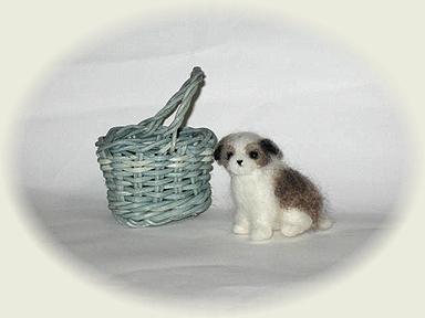 羊毛フェルト☆バスケット入りシーズーの子犬