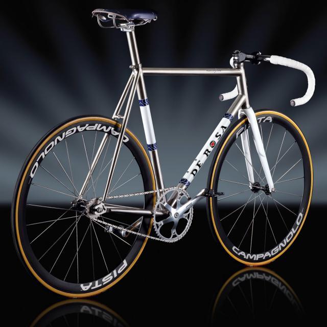 scattofisso1200_titanio.jpg