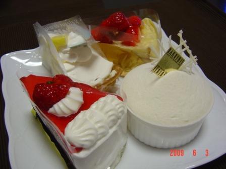 白十字のケーキ