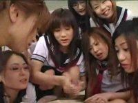 淫乱美人女教師&激エロJK集団が超濃厚なSプレイで男達のチンポからザーメン搾取!