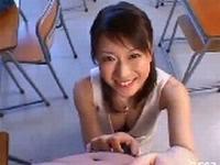 童貞食いの痴女教師に責められ教室で筆おろし