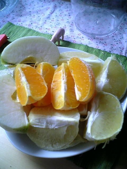 りんごとオレンジとグレープフルーツ
