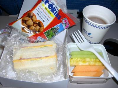 グアムー羽田機内食