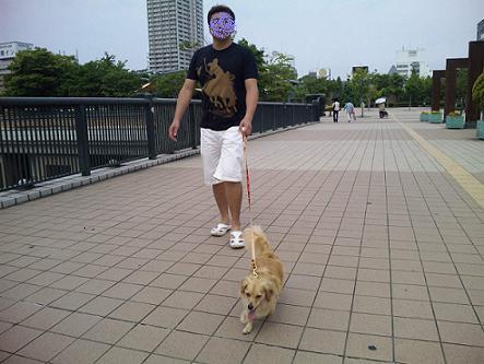 ルネ前散歩