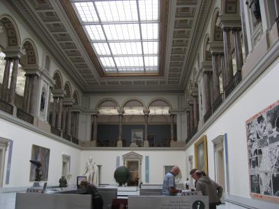 美術館1F