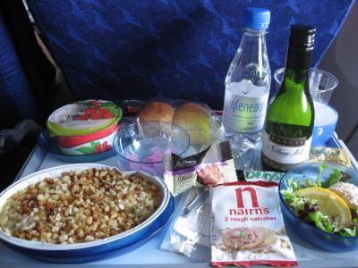 ロンドンから成田までの機内食1回目