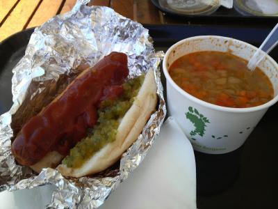ホットドッグとスープ
