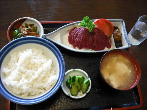 馬刺し定食¥850
